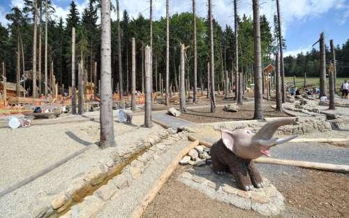 Mamutíkův vodní park a Lesní zážitkový park
