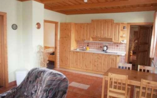 Apartmán č.1 - kuchyňská linka ve světnici