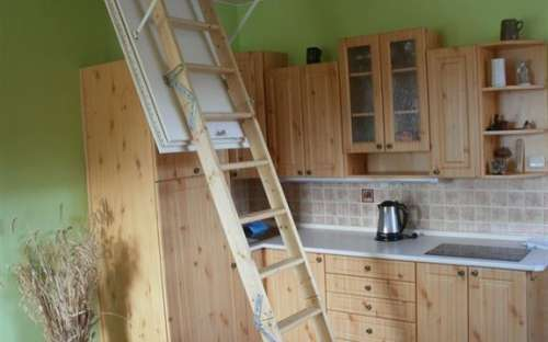 Apartmán č.5 - vstup na půdu do dalšího pokoje