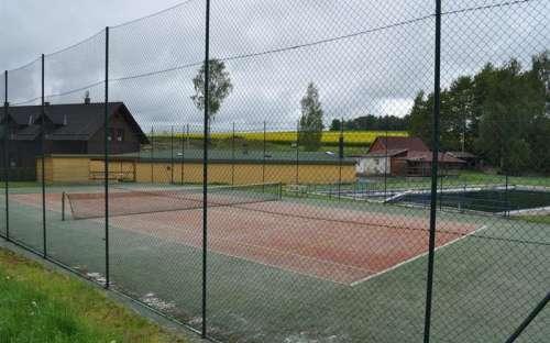 Obecní tenisový kurt