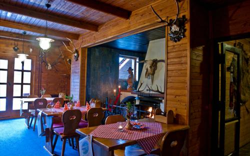 Restaurant Koliba-KomorníLhotka