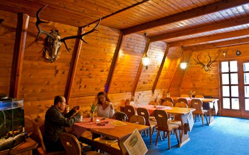 Restaurace Koliba - Komorní Lhotka
