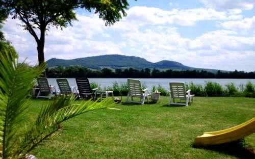 Pensjonat Lena nad jeziorem na Morawach Południowych