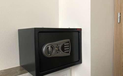 アパートメントM1(最大8人)-安全