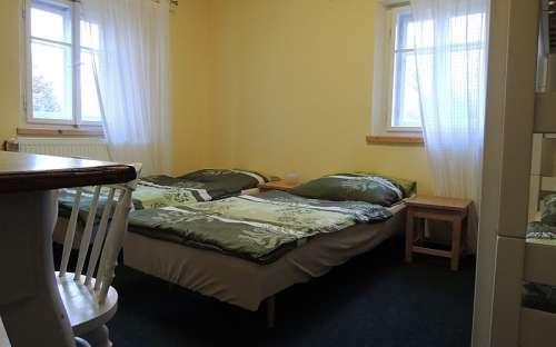 Pokoj č. 2 je v patře domu