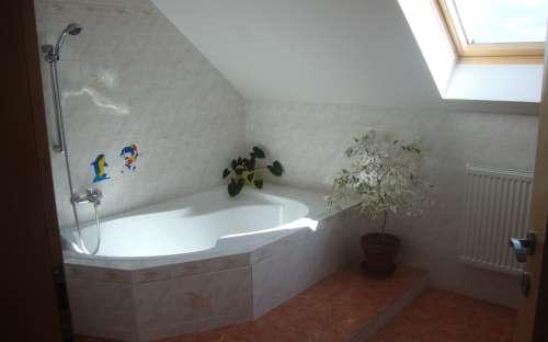 Rodinný dům - koupelna
