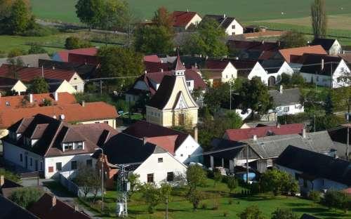 Dorf Domanín