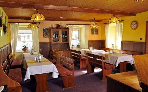 Penzion a restaurace Pod hradem - jižní Čechy