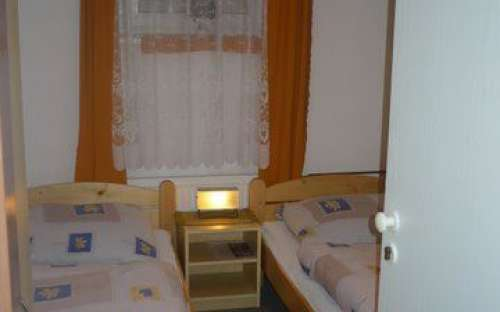 Chambre double n ° 6 - TURIST