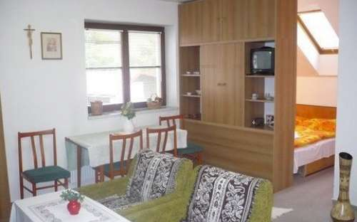 Dvoulůžkový pokoj č. GI - apartmán s možností 2 přistýlek, kuchyň