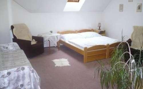 Dvoulůžkový pokoj č. GII - apartmán s možností 2 přistýlek, kuchyň