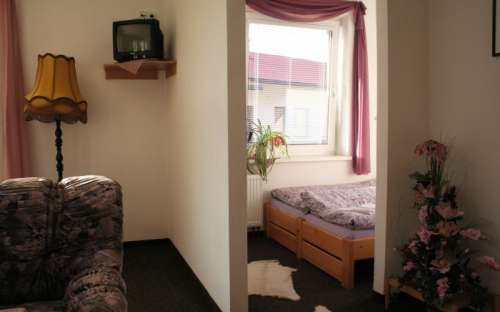 Dvoulůžkový pokoj č. 4 s možností 2 přistýlek - nadstandard