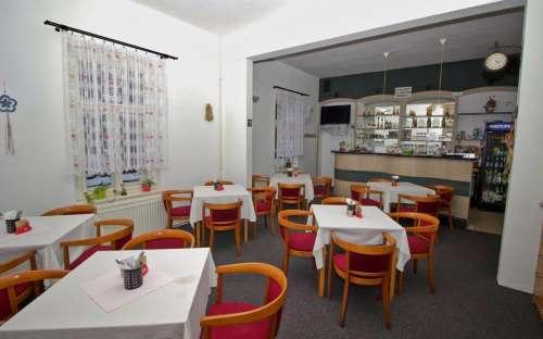 Penzion-restaurace Kamínek, Adršpašsko Teplické skály
