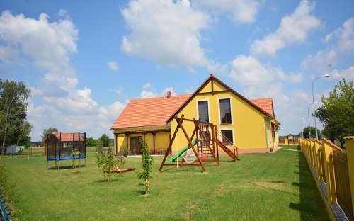 dětské hřiště v penzionu