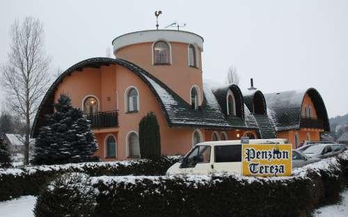 luxusní penzion, 5 hvězdičkový hotel