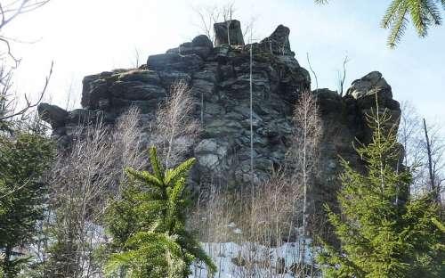 skalní masiv Tři kameny