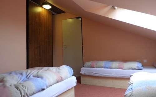 Apartmán v podkroví po pravě straně