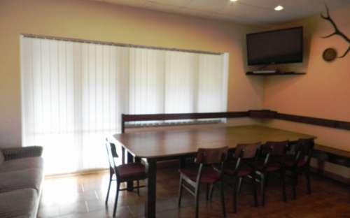 Apartmán pro 8 osob - jídelní stůl