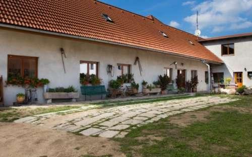 Penzion U Lípy - Suchdol nad Lužnicí, jižní Čechy
