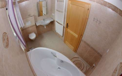 Zimmer Nr. 1: Badezimmer im Erdgeschoss