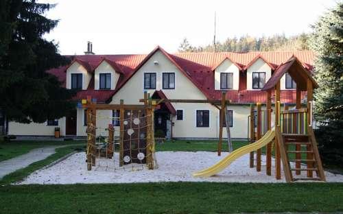 Pensjonat U Skály - domki letniskowe w okolicy Kytlice