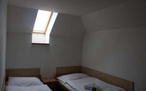 Questa camera dispone di 2 camere da letto separate