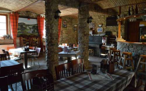 Restaurace U Lva Srbsko u Karlštejna