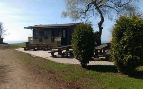 Kiosek w domku