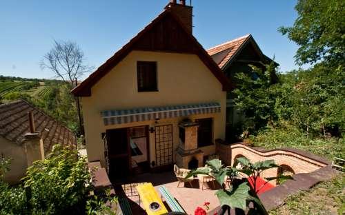 シャレーSklep Starovice、南モラヴィア地域
