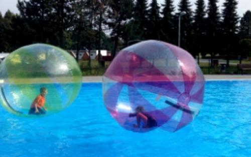 Camp Morava - Aquazorbing