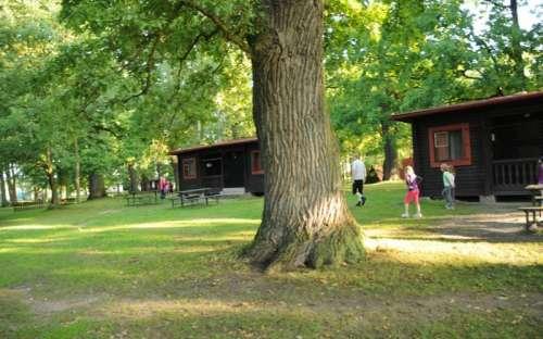 Sport camp Doubí - huisjes en omgeving
