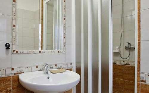 ルーム3-バスルーム