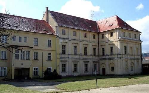 Trhanov Chateau Resort - dintorni