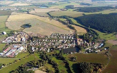 Středisko Zámek Trhanov - pohled zhora