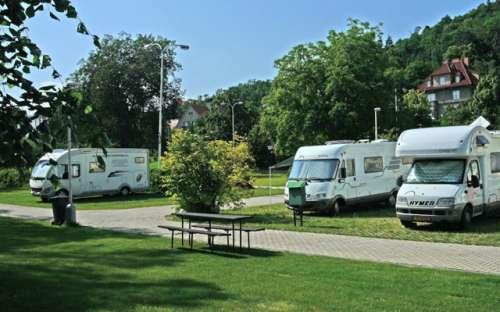 Camping Sokol Praha - przyczepy kempingowe, namioty