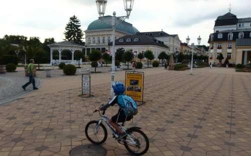 Kam na kolo