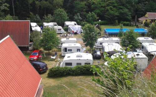 Camp Karolina - karavany + bazén