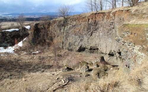 Lomová stěna - Uhlířský vrch