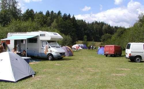 Autokemp Slunečná - stany, karavany