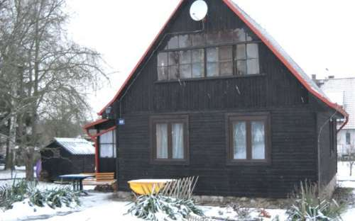 Cottage Hradištko in de winter