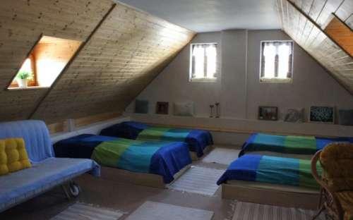 Moderní čtyřlůžkový pokoj