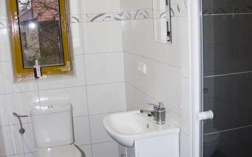 Koupelna v apartmánu č. 4