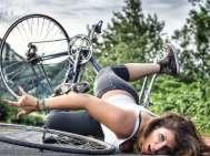 Pád cyklistky
