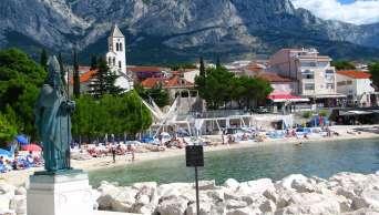 Plaża w centrum Baška Voda