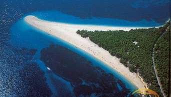 Zlatý Bol - popularna plaża (Zlatni rat)