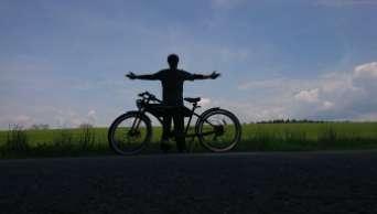 Retro bicicleta elétrica Greaser - viagem