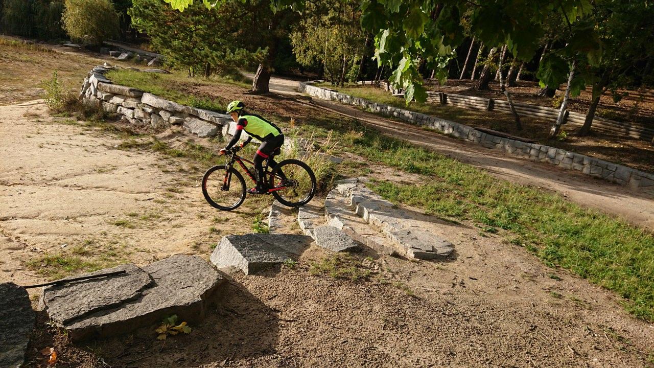 https://www.kempy-chaty.cz/sites/default/files/turistika/18._bikeherat_-_holky_na_kole_1280x720.jpg