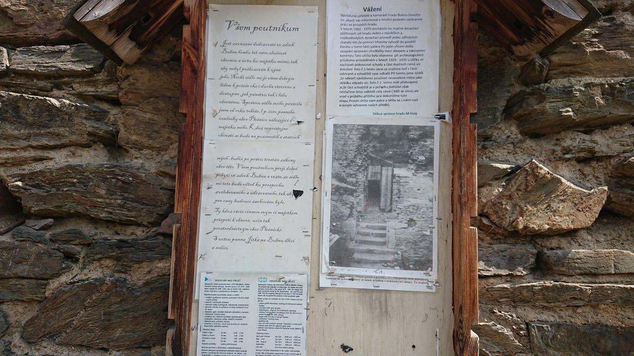 https://www.kempy-chaty.cz/sites/default/files/turistika/3._zricenian_hradu_buben.jpg