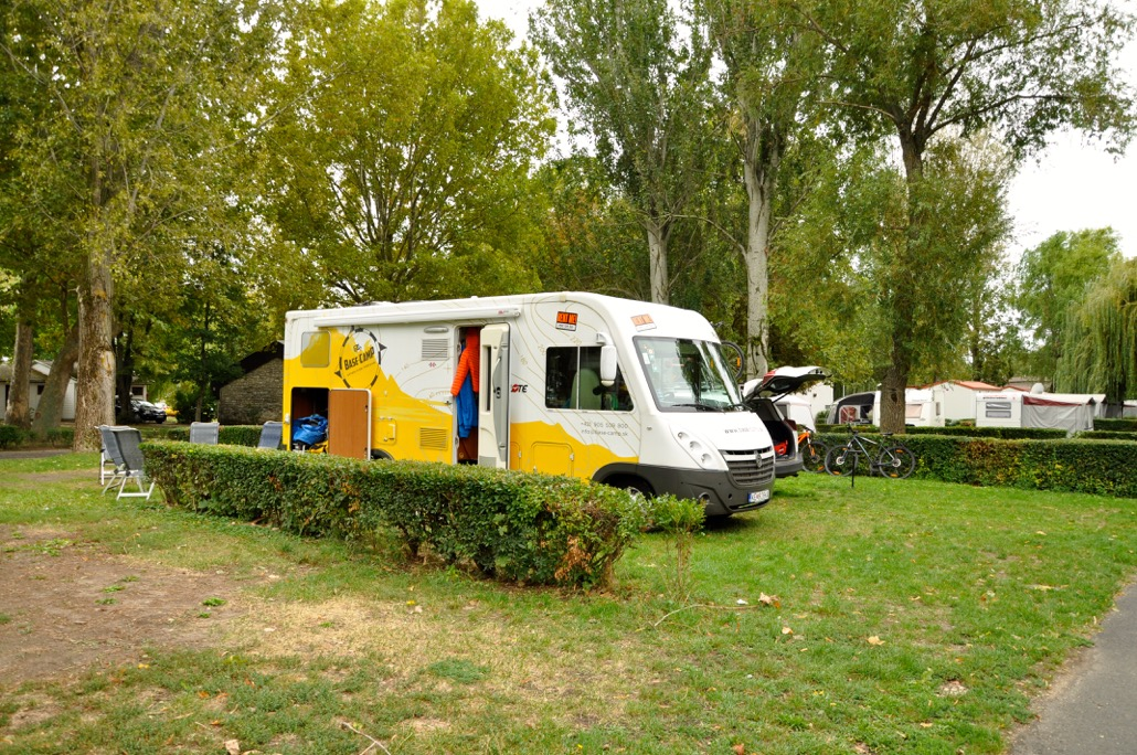 https://www.kempy-chaty.cz/sites/default/files/turistika/balaton_camping_karavan9.jpeg