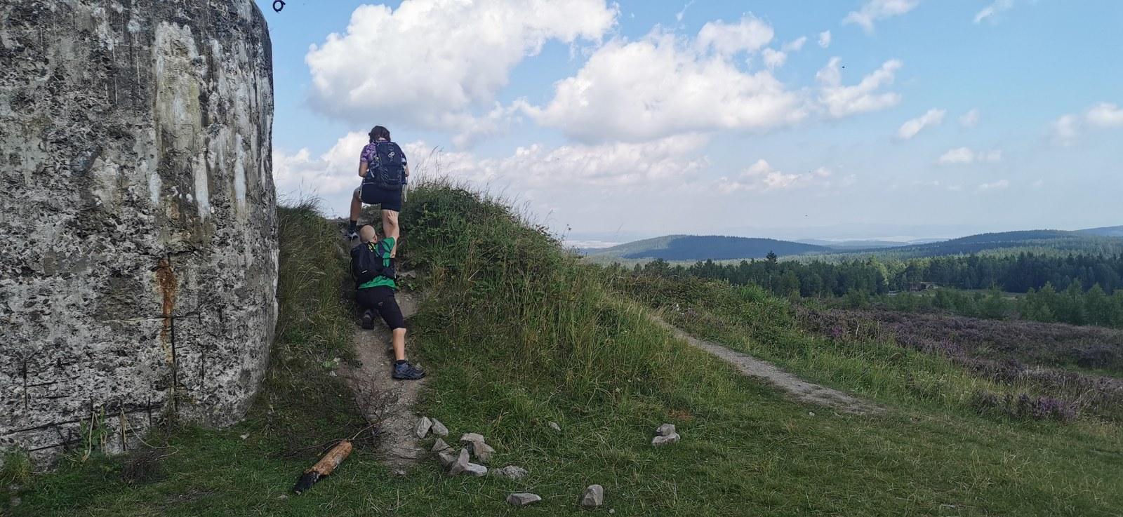 https://www.kempy-chaty.cz/sites/default/files/turistika/batoh_r2_trail_star_1600x737.jpg